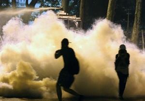 СМИ: Реакция Турции на протесты следует по исламистскому сценарию