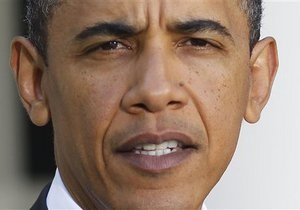 Обама призывает к немедленной передаче власти в Египте
