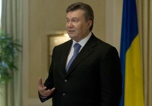 Янукович поздравил Коморовского с Днем независимости Польши