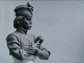 Памятнику Мазепе в Полтаве нашли временное место установления