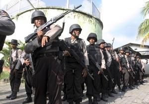 На Бали полиция взяла штурмом охваченную бунтом тюрьму