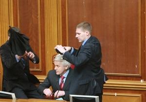 Соболев заявил, что президент ПАСЕ не осуждал действий оппозиции в Раде