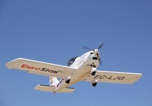 В Черниговской области упал сверхлегкий самолет: двое человек попали в больницу