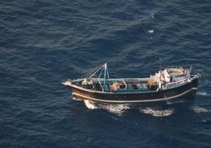 Испанские моряки спасли 13 рыбаков, которых пираты оставили в открытом море без еды и воды