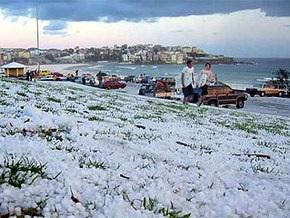 На Сидней обрушился шторм с сильным градом: есть пострадавшие