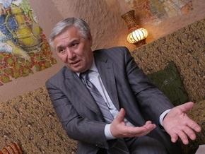 Ехануров: О завершении перехода на контрактную армию не может быть и речи