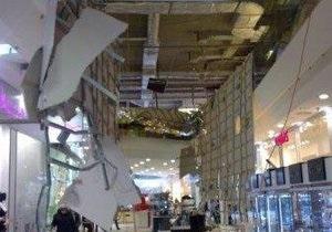В Киеве в торговом комплексе Sky Mall обрушился потолок
