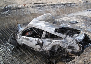 СМИ: Водителем сгоревшего в Киеве спорткара Porsche был депутат от партии Тигипко