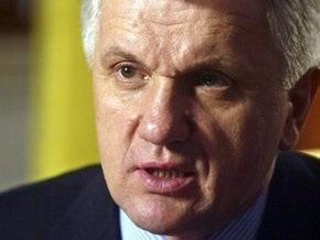 Литвин называет отставку правительства нереальной