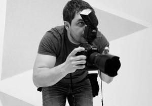 Еженедельник 2000 провел собственное расследование убийства фотографа