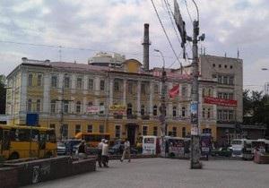 Силовики не обнаружили бомбу в здании филиала горисполкома в Симферополе