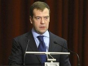 Медведев будет в телеэфире рассказывать россиянам об антикризисных мерах
