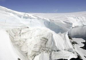 В водах Антарктики затонуло южнокорейское судно
