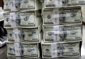 Ъ: НБУ планирует возобновить продажу долларов на межбанке