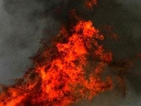 Административное здание горит в центре Петербурга