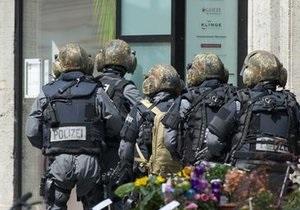 Лейпцигский преступник, захвативший заложников, сдался полиции