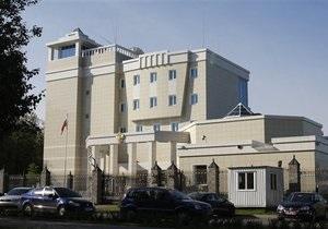 Лукашенко: Россия сама могла организовать нападение на собственное посольство в Минске