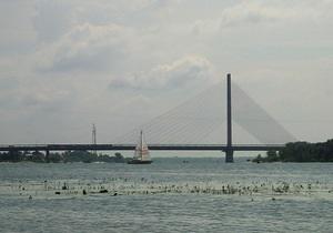 В Киеве в выходные будет ограничено движение транспорта на Южном мосту