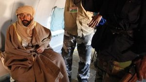 Ливийцы, арестовавшие сына Каддафи, отказываются передать его суду