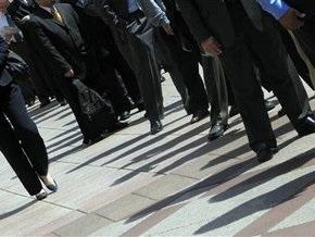 Испания увеличит помощь безработным