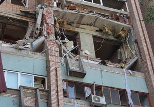 новости Луганска - взрыв в доме - Спасатели обнаружили тело второго погибшего под завалами дома в Луганске
