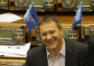 В Севастополе побеждают два кандидата от ПР, в том числе - Колесниченко