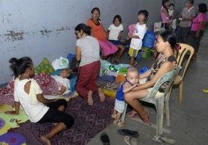 На Филиппины обрушился тайфун. Десятки тысяч человек эвакуированы