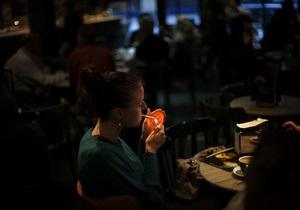 Минздрав поддержал закон о полном запрете курения в общественных местах