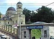 На территории Октябрьской больницы в Киеве пытаются возобновить строительство