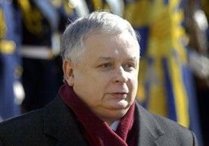 Янукович выразил соболезнования полякам в связи с гибелью Леха Качиньского