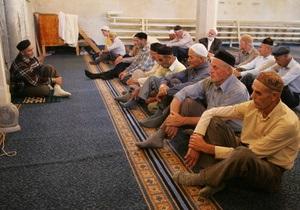 Янукович поздравил украинских мусульман с праздником