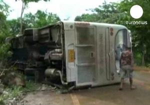 В Таиланде автобус с россиянами попал в ДТП, три человека в тяжелом состоянии