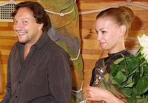Народный депутат Стець сам принял роды у своей жены