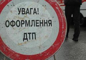 На проспекте Бажана в Киеве столкнулись пять авто