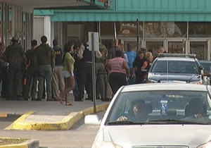 Новости США - странные новости: В США в торговом центре подрались 300 подростков