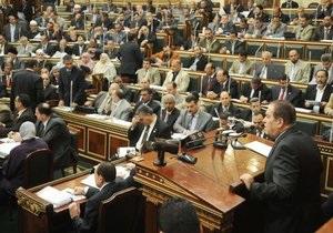 Египетский парламент инициировал вынесения вотума недоверия правительству