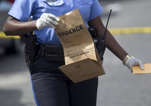 Полиция пообещала $2,5 тысяч за помощь в задержании стрелков в Новом Орлеане. Число пострадавших возросло