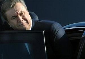 Янукович собирается во Львов