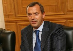 Клюев заявил, что дефолт Украине не грозит