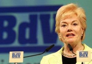 DW: Депутат бундестага от правящей в Германии партии взяла шефство над Тимошенко