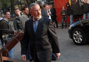 Табачник: Студенты не будут учиться по субботам из-за Евро-2012