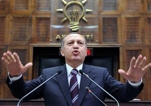 Премьер Турции призвал Каддафи немедленно оставить свой пост и покинуть Ливию