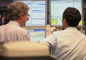 Moody s понизило рейтинги УкрСиббанка