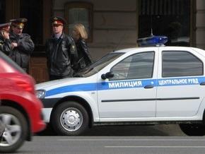 В Москве неизвестные избили милиционера и отобрали у него служебный пистолет