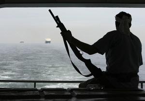 Пираты разграбили груз гуманитарной помощи из Британии