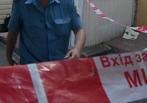 В Мариуполе преступники, раздев и избив женщину, выбросили ее с балкона