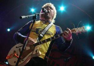 Олег Скрипка на мотоцикле сбил семью из трех человек