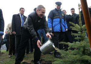 На субботнике в Киеве убрали рекордное количество мусора