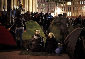Акция Захвати Wall Street: В Лондоне протестующие установили палатки в центре города