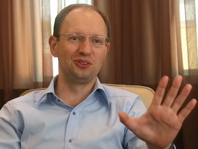 Яценюк считает, что Украина не нуждается в диктатуре (обновлено)